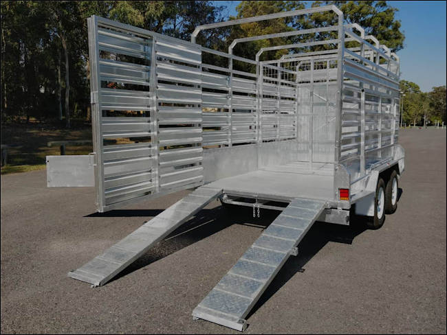 12' x 6' cattle trailer, rear view of the Midway stock trailer with loading ramps extended.