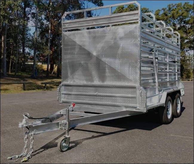 12' x 6' cattle trailer, front view of the Midway stock trailer